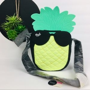 Pink pineapple lunch bag